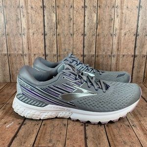 *Flawed* Brooks Adrenaline GTS 19 size 11.5
